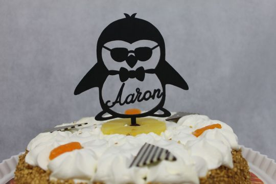 taarttopper voor verjaardag pinquin jongen